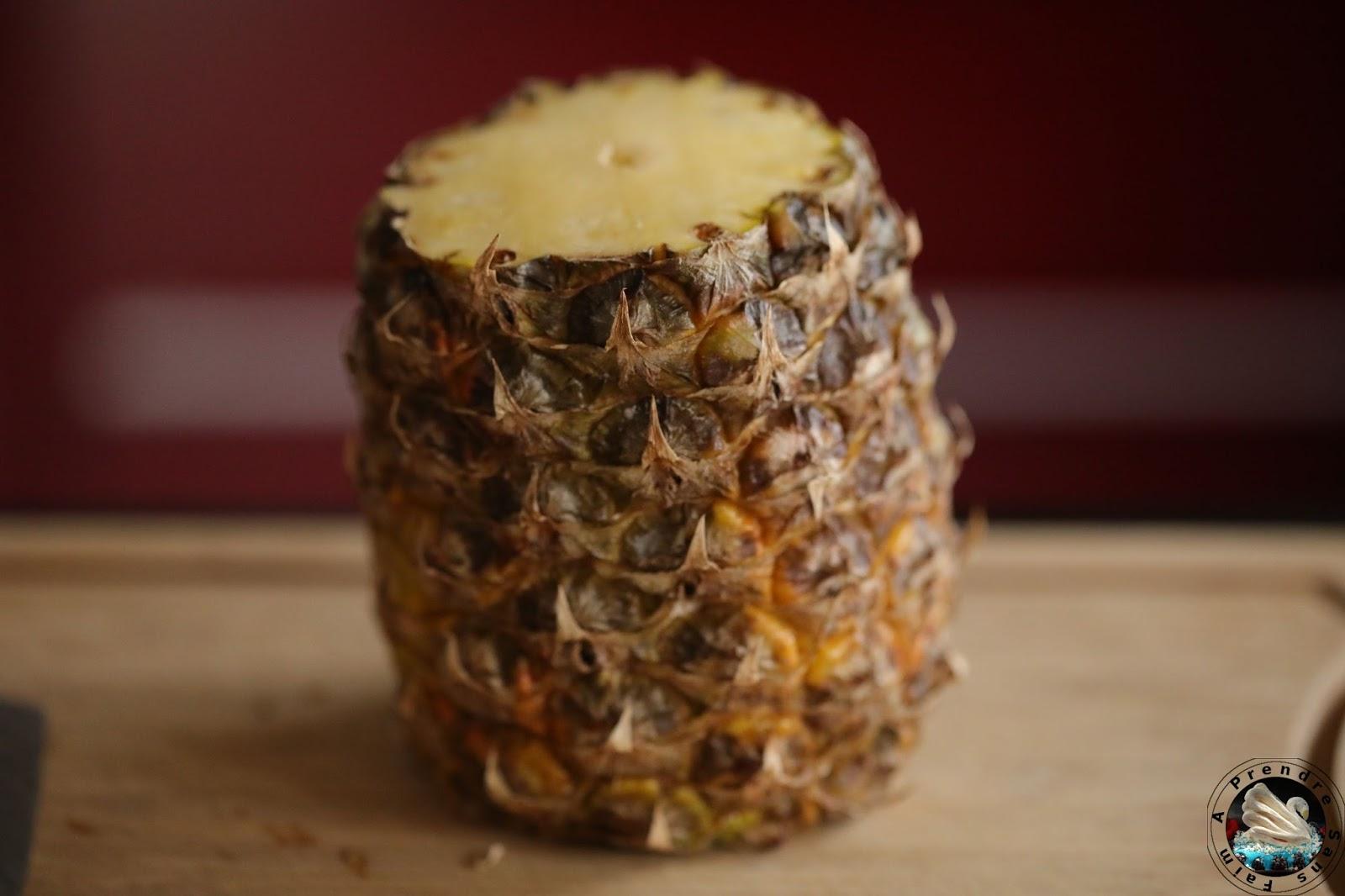 Couper un ananas frais (pas à pas en photos)