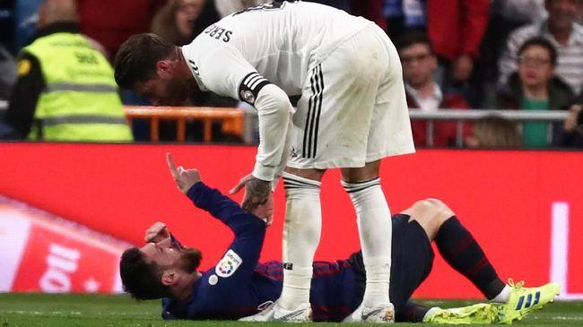 Back Real Madrid Sergio Ramos Usai Menyikut Messi Hal Itu Biasa Dalam Laga 2019