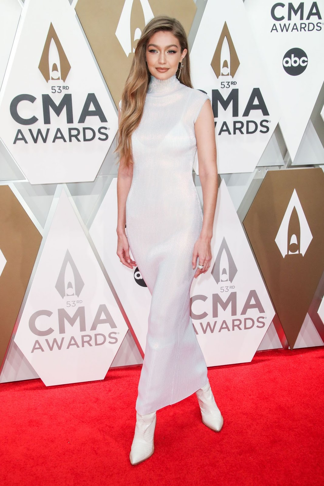 Gigi Hadid – 53rd Annual CMA Awards at Bridgestone Arena in Nashville