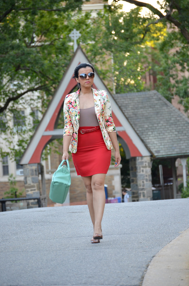 Pop of color- color pop-mariestilo-Wearing: Blazer/Chaqueta: SheIn Skirt/Falda: Dresslink Shoes/Zapatos: Charlotte Russe Bag/Bolso: Black Five