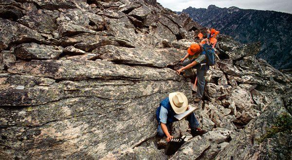 رسومات الجيولوجيا للصف الثالث الثانوى