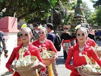 Prosesi Kirab Ketupat Meriahkan Gebyar Syawalan di Rembang