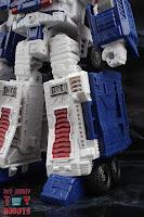 Transformers Kingdom Ultra Magnus 08