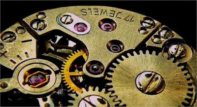 engrenagem-de-um-relógio