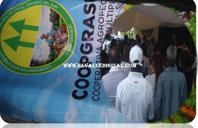 COOPGRASUR RINDE HOMENAJE PÓSTUMO A SOCIO FUNDADOR Y PRODUCTOR AGROPECUARIO DE VALLEJUELO