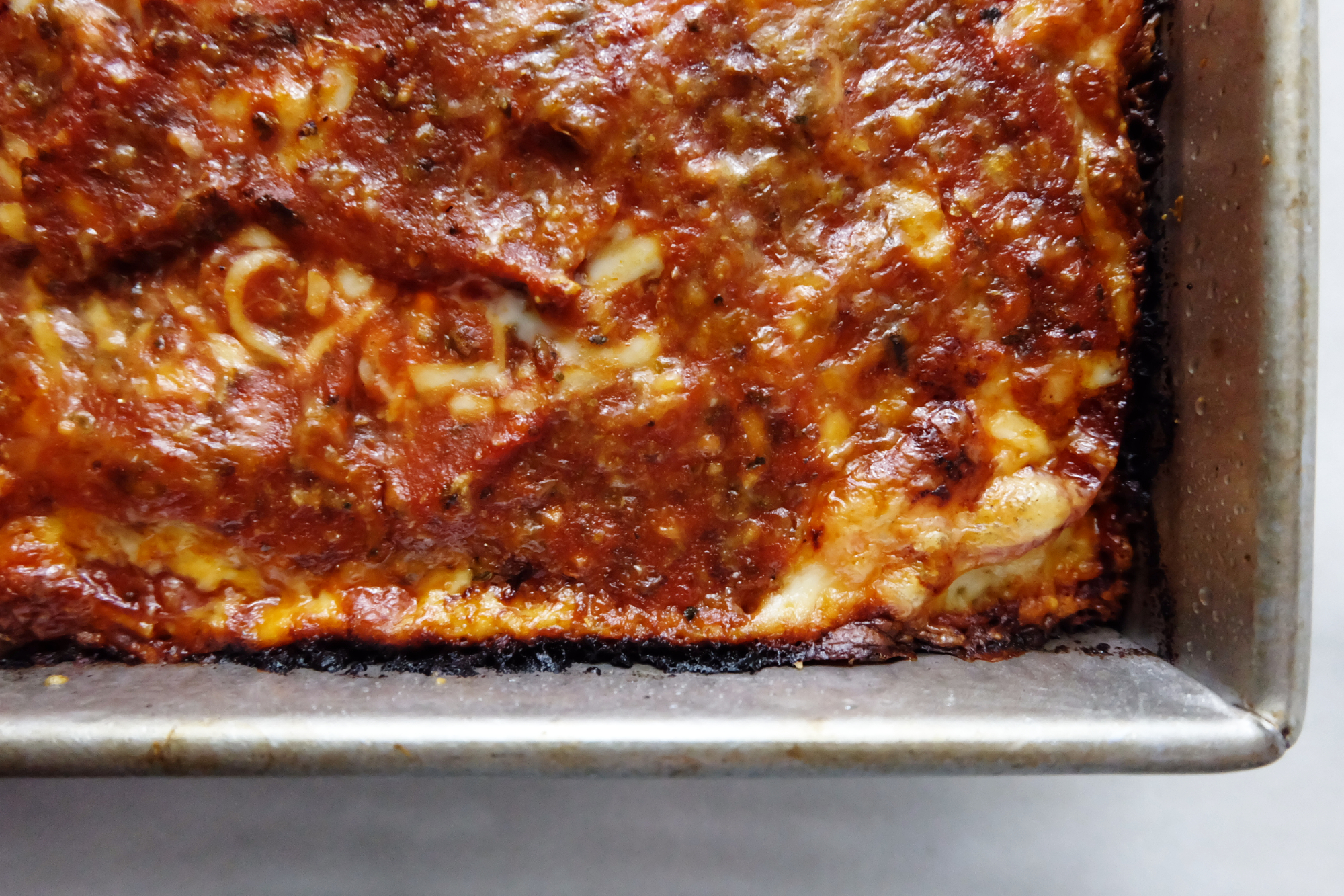 Easy Detroit-Style Pizza