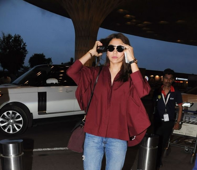 Bollywood Beauty Anushka Sharma New Photos Navel Queens