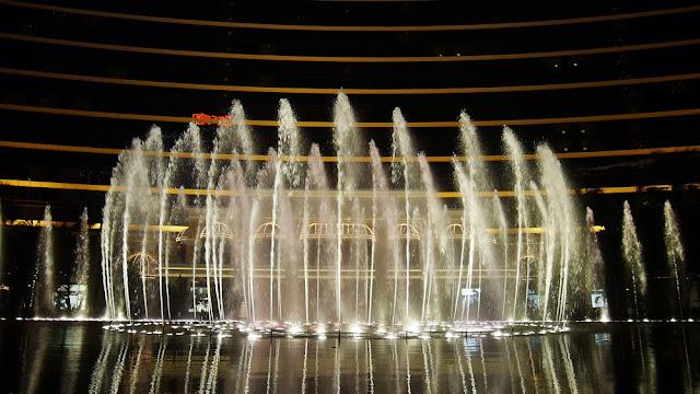 dancing fountain wynn