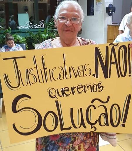 https://ocampeaonoticias.blogspot.com/2019/09/empresa-nao-coloca-onibus-nas-ruas-e.html