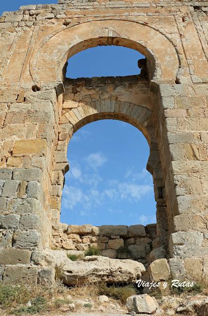 Puerta califal, castillo de Gormaz
