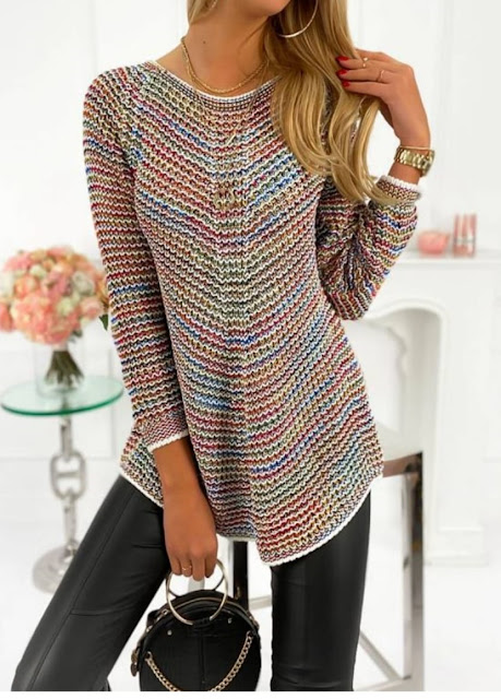 knit blouse with pattern