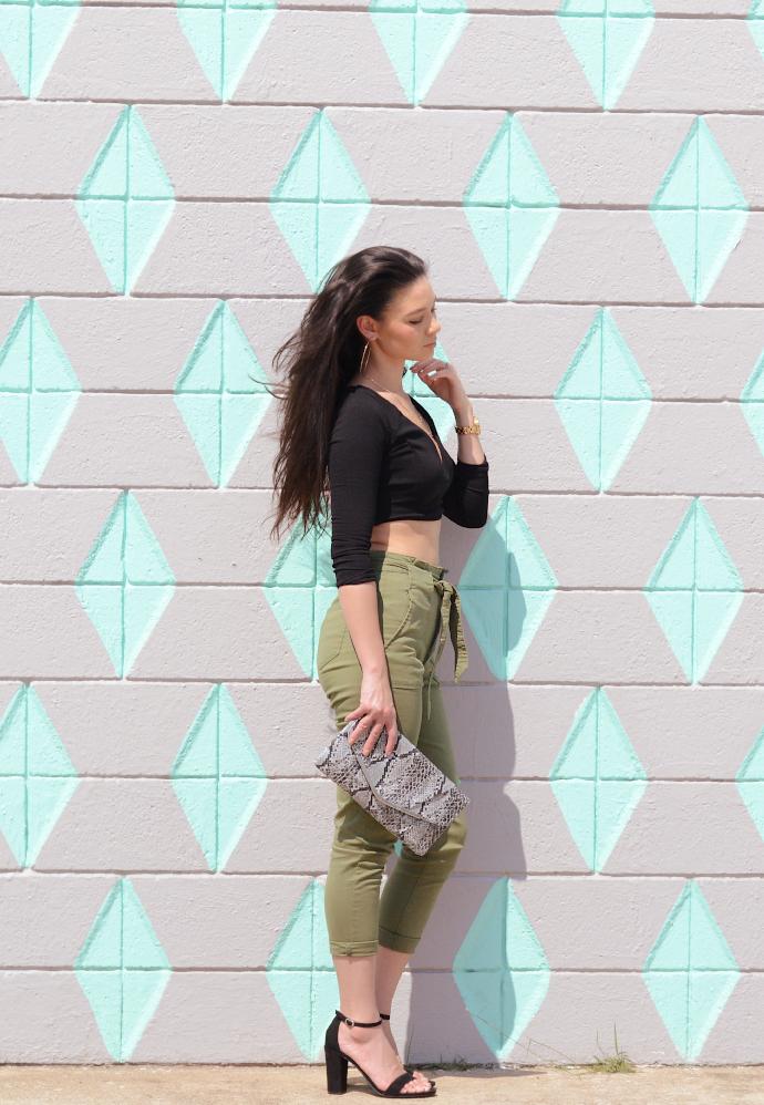 paper bag pants, crop top, snake print
