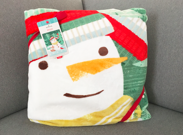 Smiling Snowman Flannel Throw Blanket - #LoveHallmarkCA