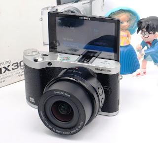 2nd Mirrorless Samsung NX300M Wi-Fi