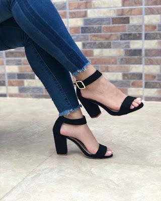 heels black open