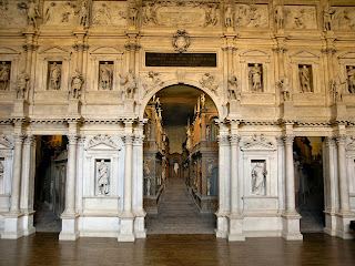 The remarkable stage set at the Teatro Olimpico made use of perspective to create a sense of realism