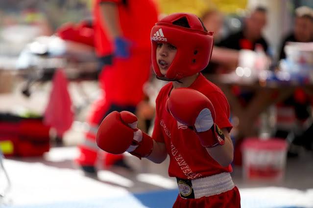 Akademia Zwycięzcy, SKF BOKSING, Zielona Góra, dzieci, wakacje, sporty walki, boks, kickboxing, mistrzostwo, złoto, czas wolny, zdrowie, aktywność fizyczna, ruch, bezpieczeństwo, Dworcowa 31, wtorek, czwartek, sobota, weekend, młodzież, rodzice, pasja, kariera sportowa, najlepszy, trener, trening, akcja szkoleniowa
