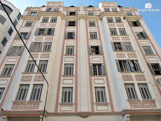 Vista ampla da fachada do belo Prédio Fabbrini - Vila Buarque - São Paulo