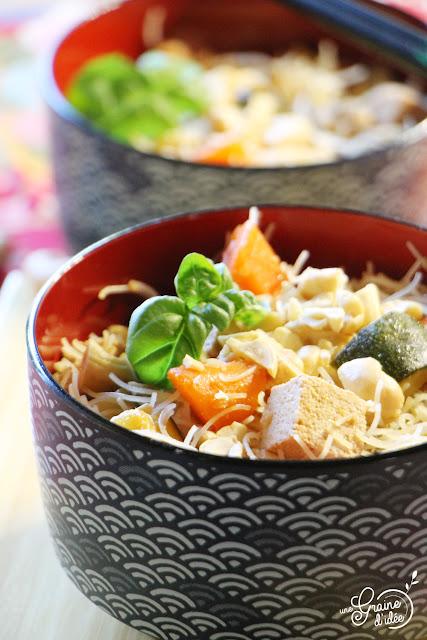 Vermicelles de riz sautés Courgettes Carottes Tofu Recette Asiatique