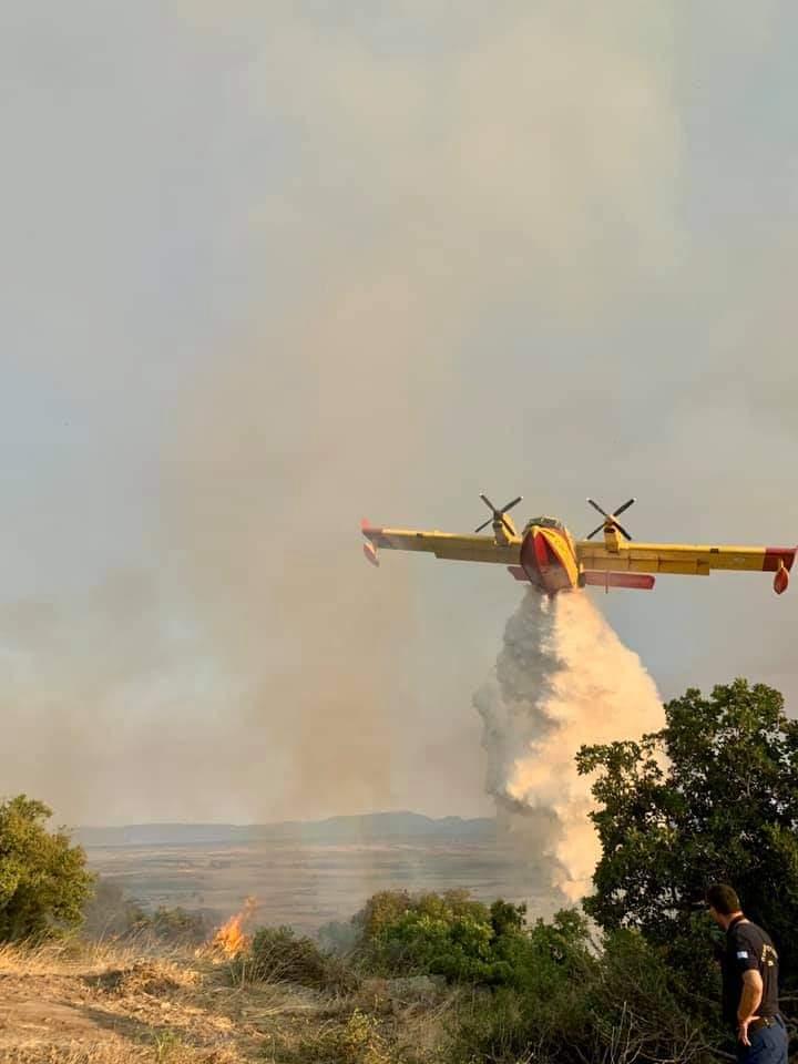 Μαίνονται δύο πυρκαγιές στον Έβρο – Ισχυρές πυροσβεστικές δυνάμεις