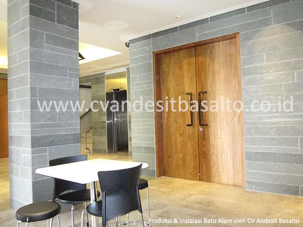 harga batu alam untuk dinding interior