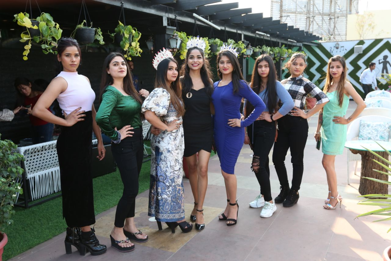 Auditions-in-Jaipur-for-the-national-level-beauty-pageant-Junoon-Season-3-Indias-Fashion-Icon