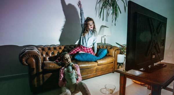 7 Program dan Acara TV Yang Tidak Baik Untuk Anak