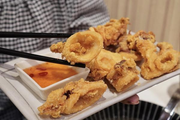 台南南區美食【伊豆讚壽司專賣】餐點介紹-酥炸魷魚