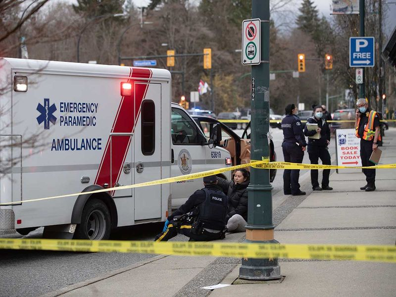 Crime in Canada - Knife attack on people sitting in a Canadian library, one person killed and many injured