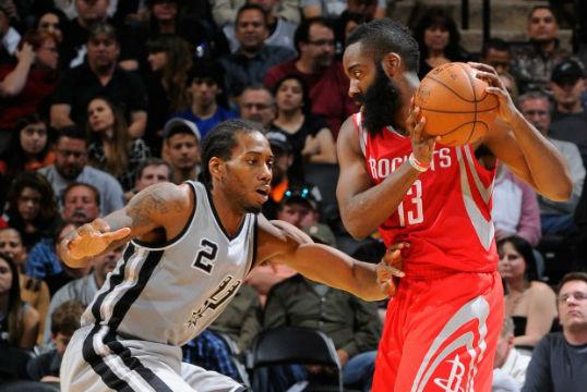 Kawhi Leonard (San Antonio Spurs) vs James Harden (Houston Rockets). Le duel de la nuit en NBA