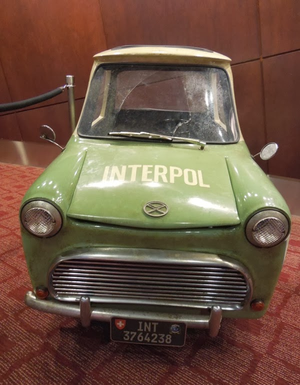 Muppets Most Wanted tiny Interpol car