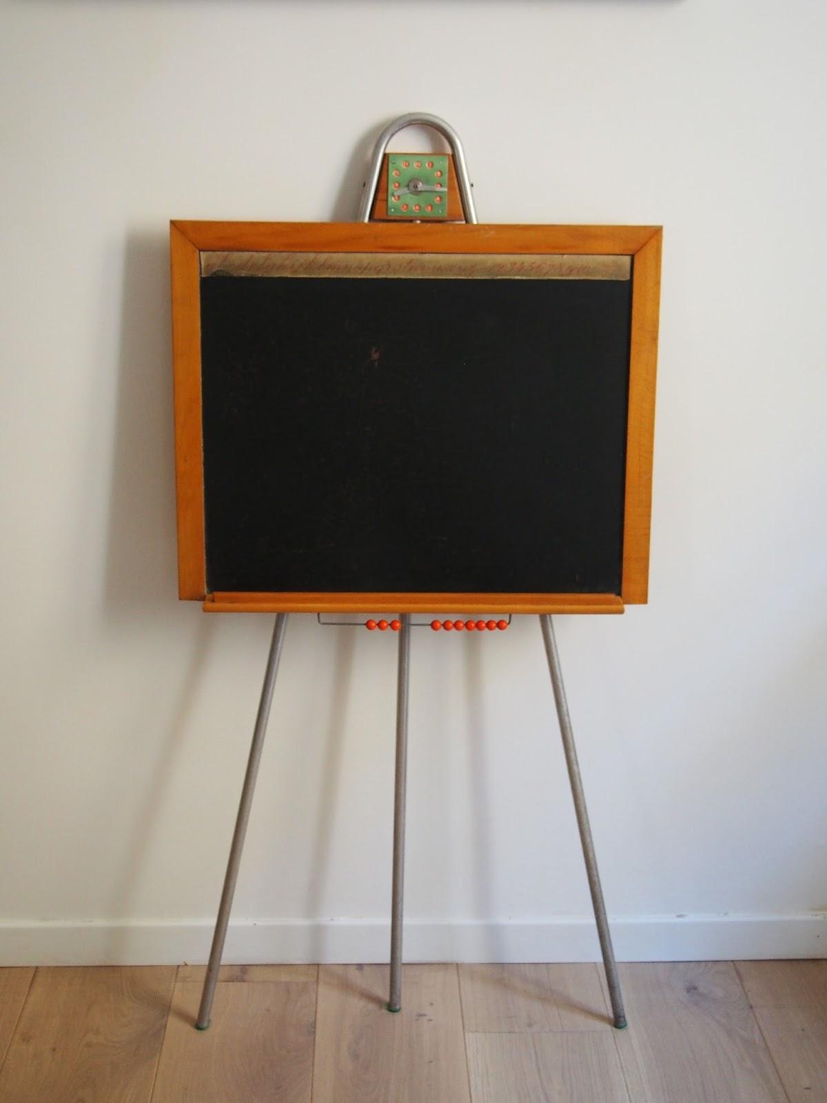 ancien tableau d 39 colier en bois et m tal vintage vendu g n ration vintage. Black Bedroom Furniture Sets. Home Design Ideas