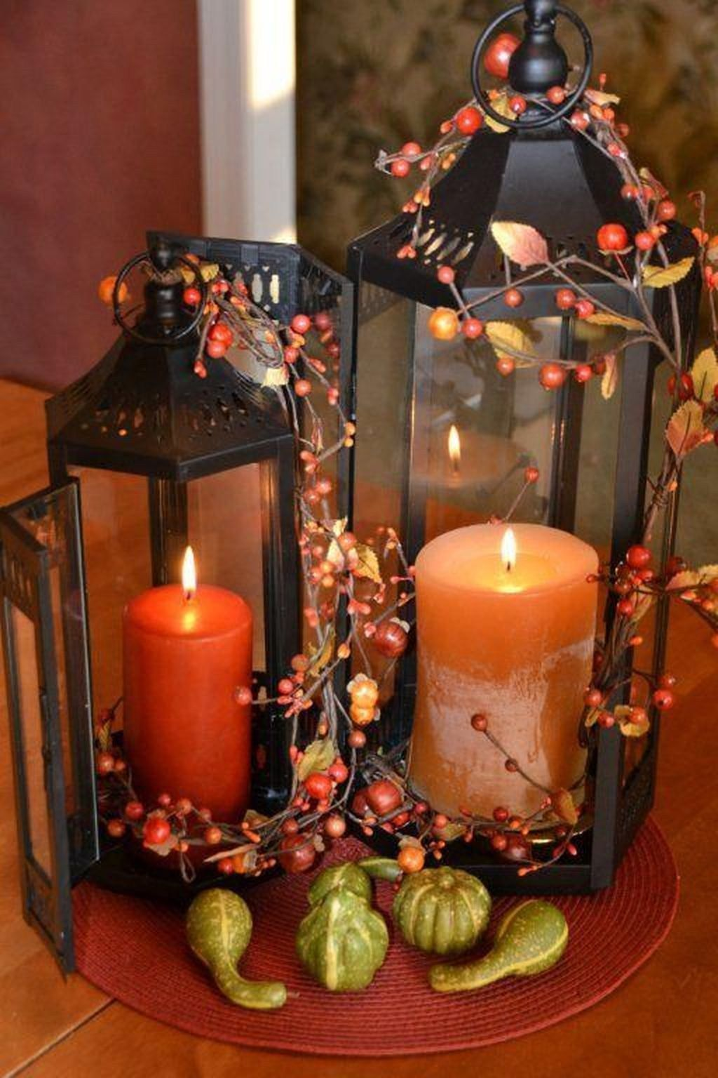 Fall Decorating Ideas, Expert Tips for Making Thanksgiving Centerpieces