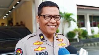 Resmi Jadi Tersangka Dugaan Ujaran Rasisme, Ketua Relawan Pro Jokowi-Amin Dijemput Polisi