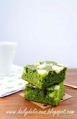 White chocolate Green-tea Brownies