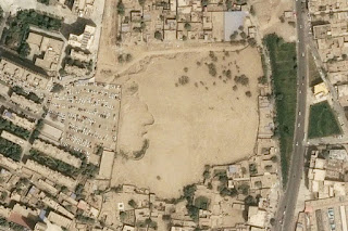 China Hancurkan Puluhan Kuburan Muslim Uighur