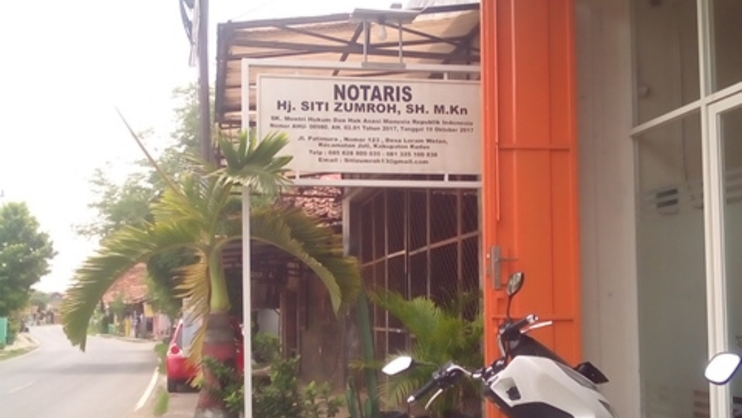 Loker Kudus Juni 2020 Dibutuhkan segera, staff dikantor Notaris Hj. Siti Zumroh, S.H.,M.Kn beralamat : Jl. Patimura No 123 Ds. Loram Wetan RT 3/1 Kecamatan Jati Kabupaten Kudus. Dengan syarat