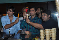 Vivek Oberoi and Aftab Shivdasani visit Gaiety Galaxy to promote Grand Masti