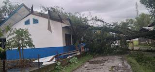 47 Rumah  di Laguboti Toba Rusak Diterjang Angin Kencang
