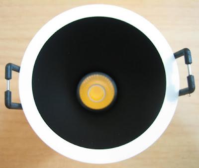 http://bombillasdebajoconsumo.blogspot.com.es/2019/09/downlight-led-swap-arkoslight-s-75w.html