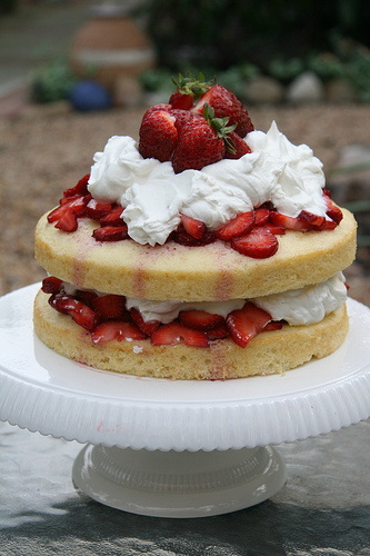 Fresh Strawberry Angel Food Cake Recipes