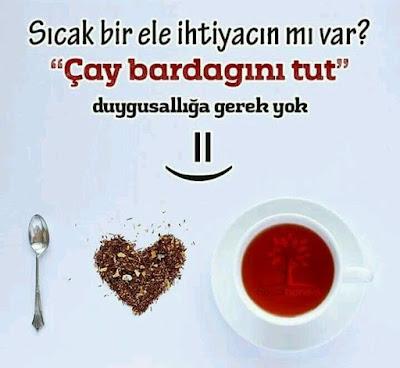 Sıcak bir ele ihtiyacın mı var? Çay bardağını tut, duygusallığa gerek yok :), kaşık, bardak, çay, kalp