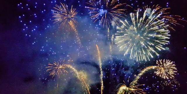 https://www.abusyuja.com/2019/12/kegiatan-positif-untuk-mengisi-malam-tahun-baru.html