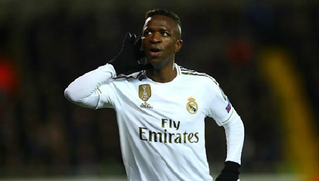 رد فعل فينيسيوس على أنباء عودته إلى دكة ريال مدريد