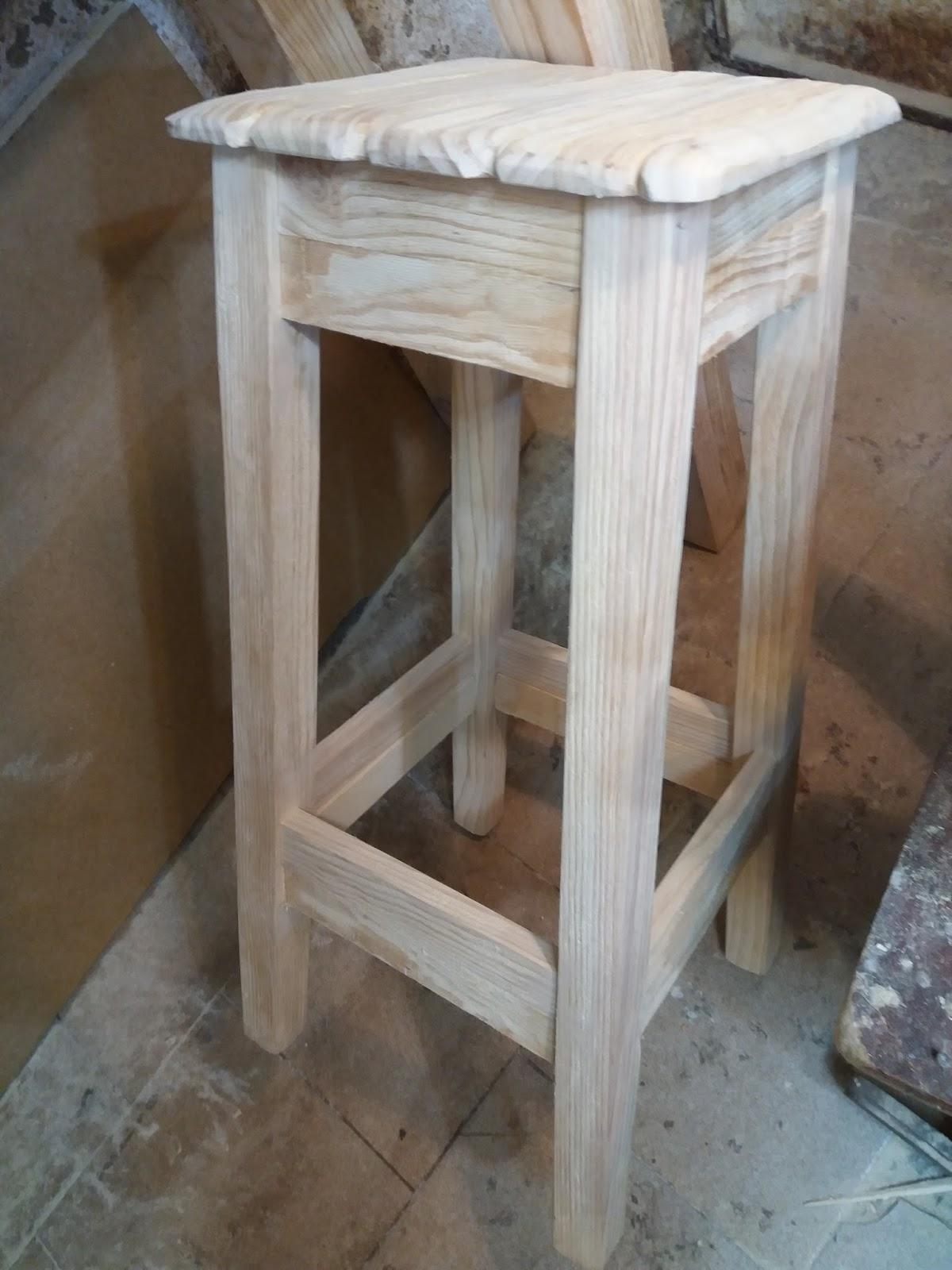 Artesan a r stica en madera - Taburetes rusticos ...
