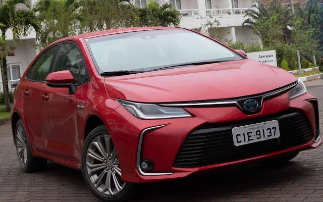 Novo Toyota Corolla Híbrido 2020 - Vermelho