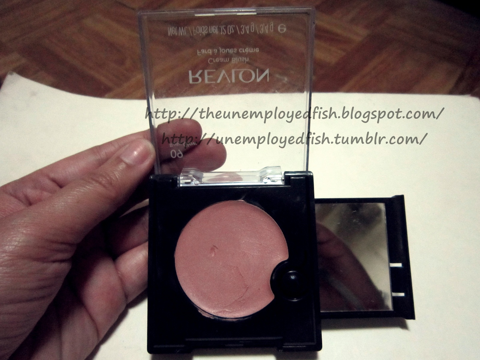 The Unemployed Fish Review Revlon Cream Blush Rosy Glow 09
