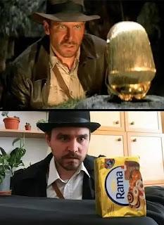 Imitación humor escena Indiana Jones