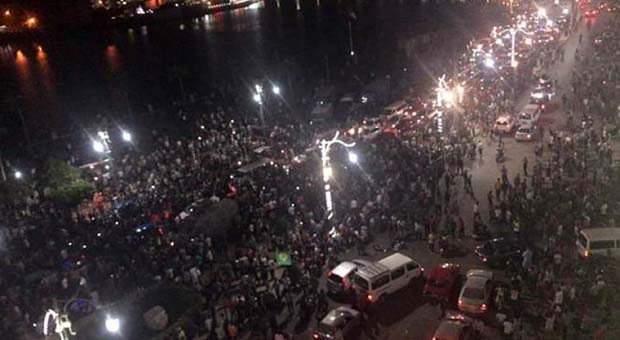 Ribuan Massa Turun ke Jalan Tuntut Presiden Mesir Mundur