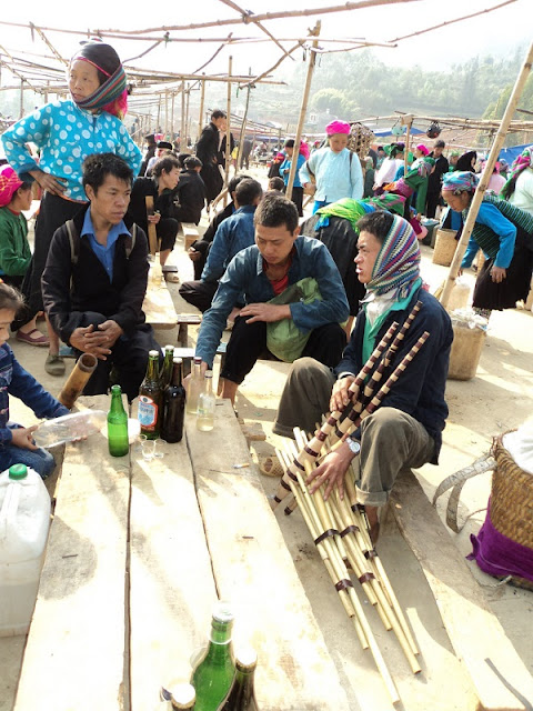 Enjoy Hagiang's traditional corn wine over the beautiful Karst Plateau 4